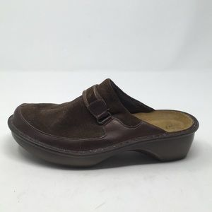 NAOT BROWN LEATHER CLOGS 41